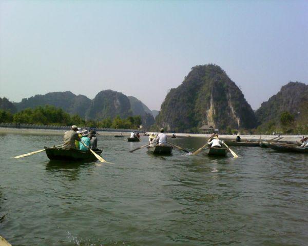 Tam_Coc_Sailing